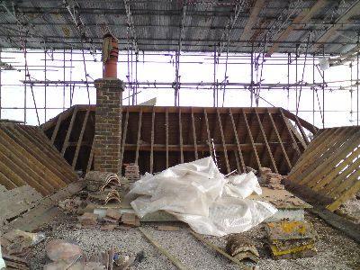 Roof Covered with scaffolding temporary roof